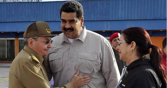 Nicolás Maduro y Raúl Castro se reunieron en La Habana