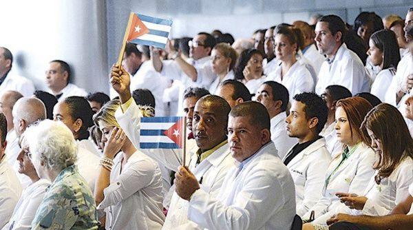 Telegramas secretos revelan la enorme suma que Cuba quería cobrar por sus médicos en Brasil