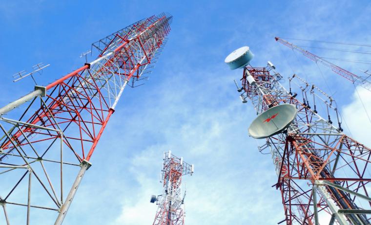 Cuba y Venezuela: Sociedades restringidas por telecomunicaciones controladas